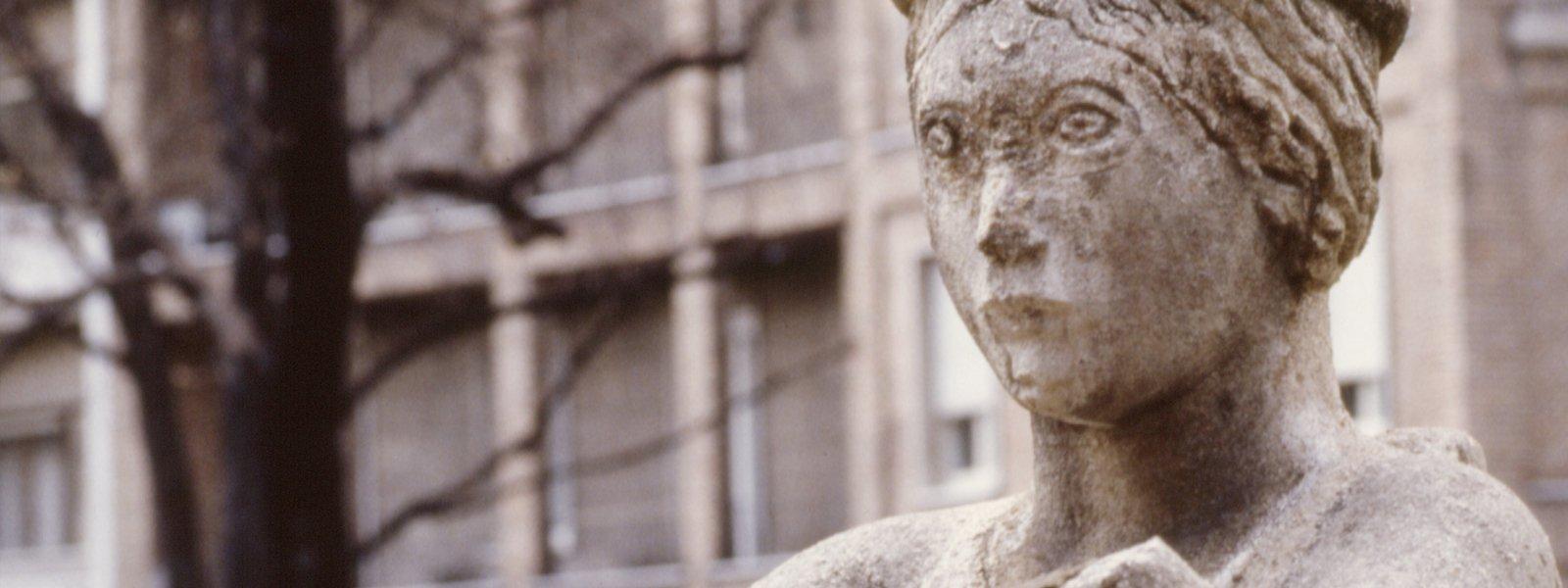 Donnina di Milano. Un restauro che si mostra